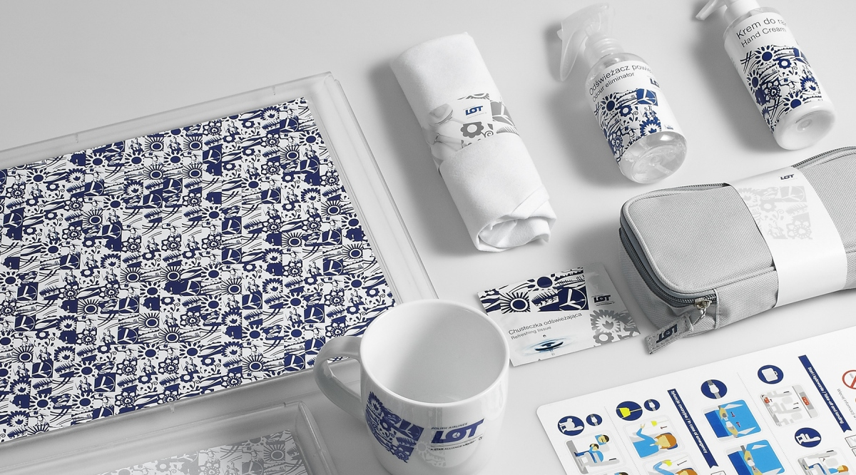 LOT Polish Airlines Boarding Materials |